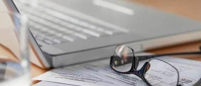 Простой по вине работодателя: оплата и процедура оформления