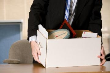 Можно ли уволить работника во время больничного: нюансы закона