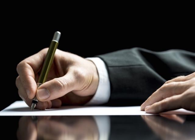 Как грамотно составлять трудовой договор менеджера по продажам - рекомендации и особенности