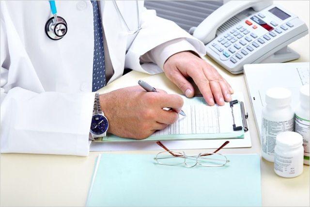 Как исправить ошибку в больничном листе корректно
