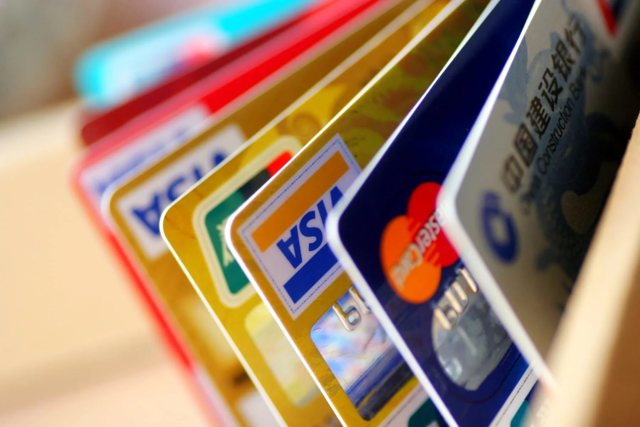Как ИП снять деньги с расчетного счета: полезная информация