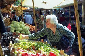 Что можно продавать на рынке - особенности такой торговли и влияние на нее кризиса