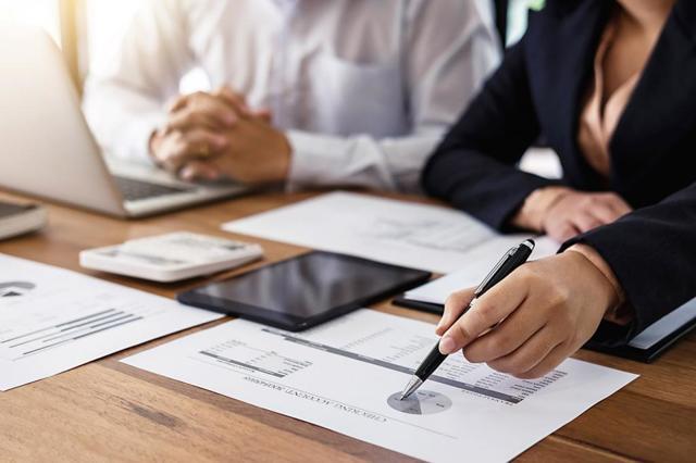 Что лучше ЕНВД или УСН для ИП - какую налоговую систему необходимо выбрать предпринимателю
