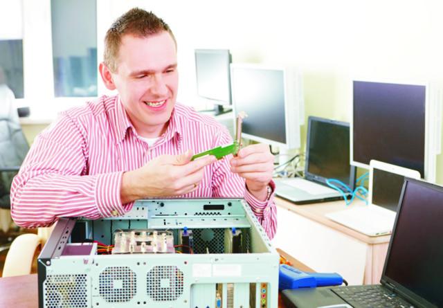 Сервис-центр по ремонту компьютеров — что необходимо знать для открытия бизнеса