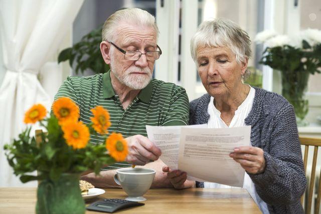 Можно ли пенсионеру встать на биржу труда - что может ЦЗН предложить этой категории граждан