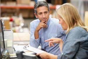 Должностные обязанности заведующего складом - основные требования и порядок оценки результатов деятельности