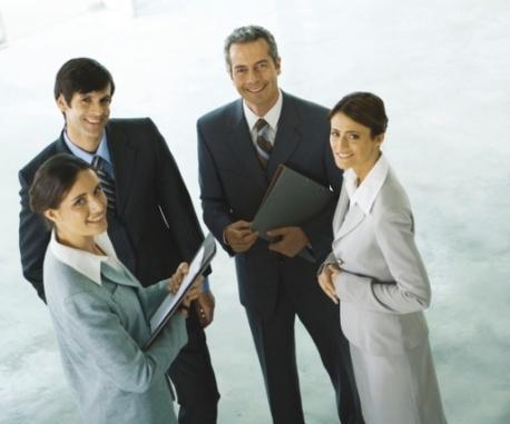 Авторизованный дилер – это посредник между покупателями и производителями