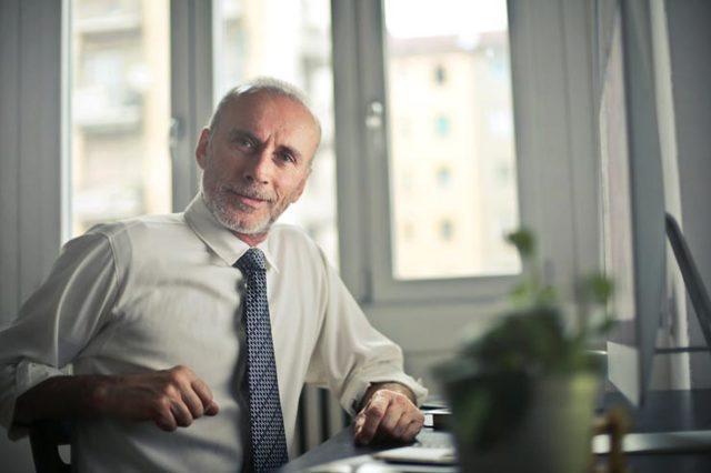 Дополнительный отпуск работающим пенсионерам: особенности и преимущества
