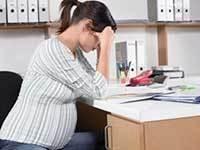 Можно ли сократить беременную женщину, что делать, если это произошло