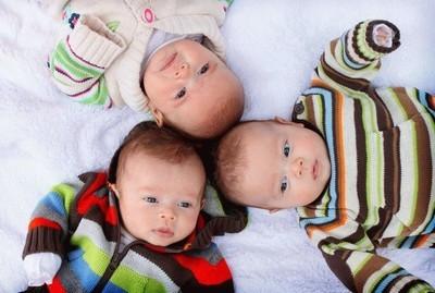 Что полагается при рождении 3 ребенка—выплаты, льготы, субсидии для многодетных семей