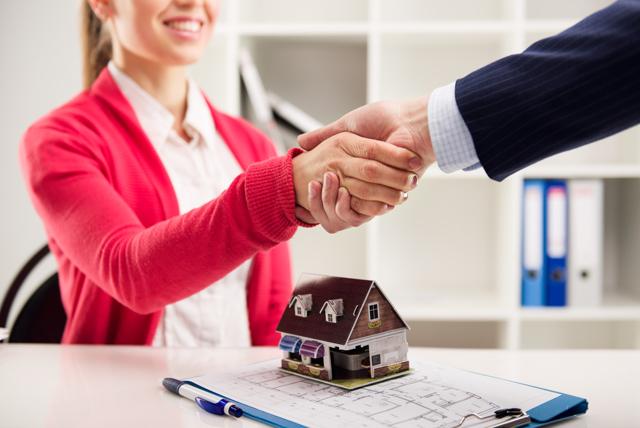 Франшиза агентства недвижимости - порядок действий, особенности и условия франчайзеров